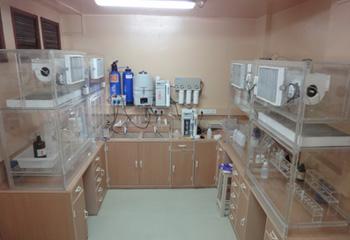 Clean Chemistry Laboratory