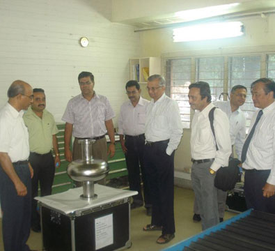 Visit by Dr Anil Kakodkar and Prof. Arup Raychaudhuri to see the first 650 MHz high beta niobium cavity (HBC) developed jointly by RRCAT and IUAC (July 2013).