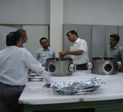 Visit by Dr Shekhar Mishra from Fermilab to see the progress in the SSR1 single spoke resonator development (May 2014).